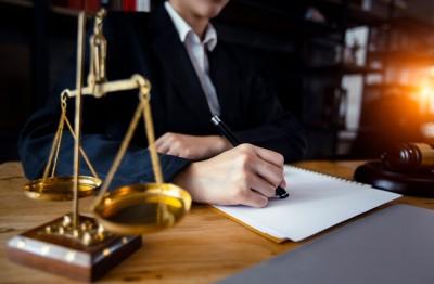 وظایف و مسئولیت های وکالت